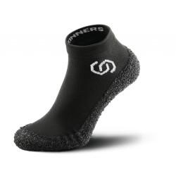 Ponožkoboty Skinners černé (P1.PP1.A1.40)